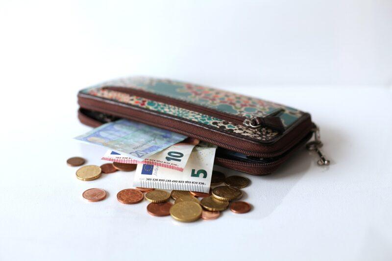 ミニマリストは財布を持たない!?その実態について調べてみた