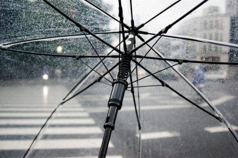 てるてる坊主を逆さにしたら雨に?本当に効果はあるの?作り方は?
