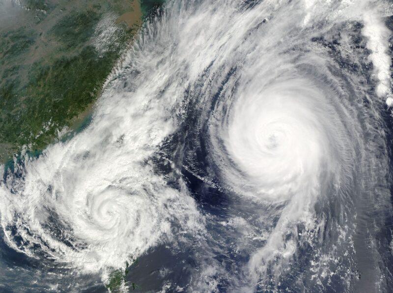 台風は高気圧の勢力によって進路が変わる?その仕組みとは?