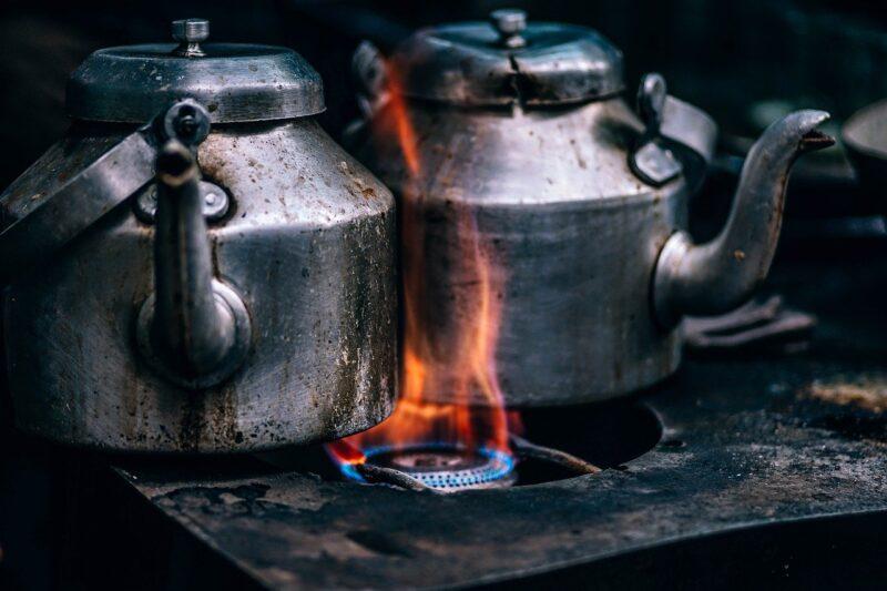 ポットでお茶を効率的に沸かす方法!
