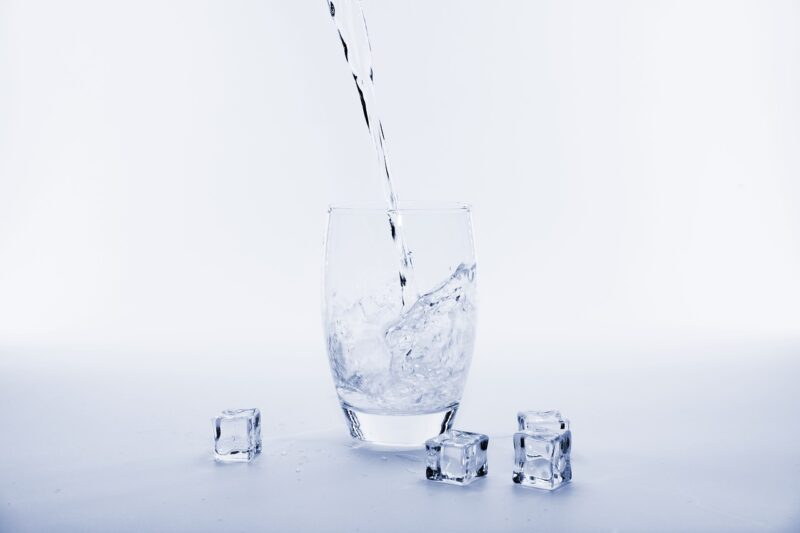 氷ができるまでの時間はどれ位必要?早く作る方法はあるの?