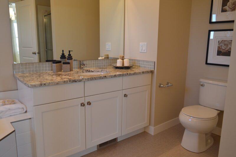 洗面台を三面鏡に交換したいがデメリットはあるのか?