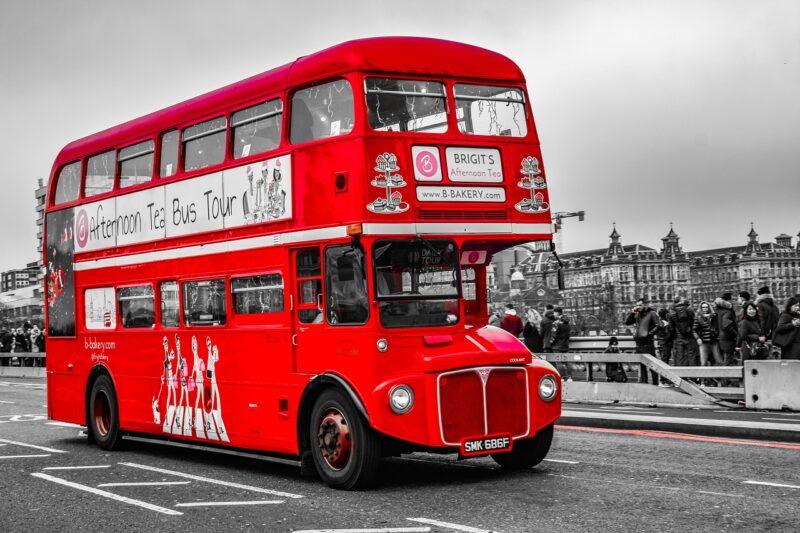 長時間のバスの移動でおしりが痛くならない方法やグッズはある?