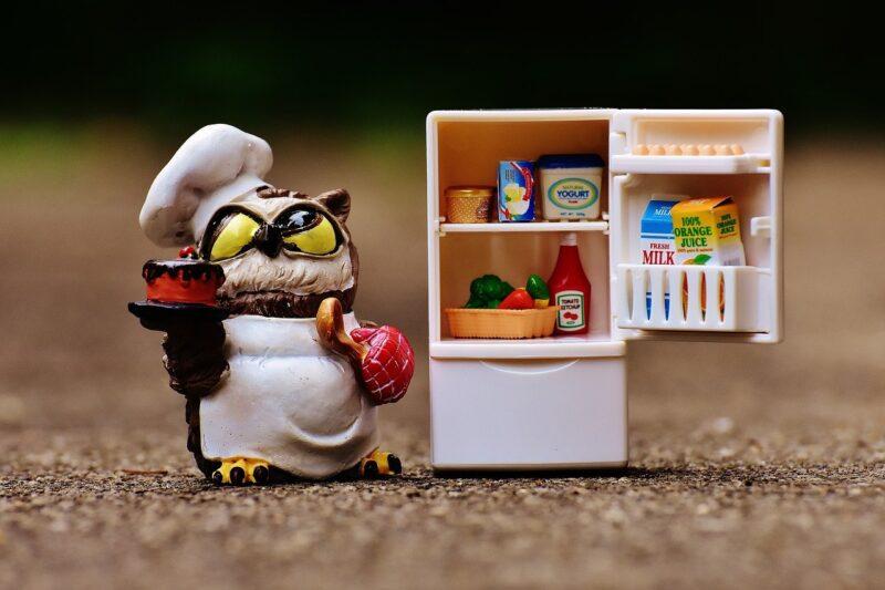 冷凍庫の臭いはコーヒーで消臭できる?豆とカスではどちらが効果的?