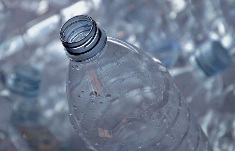 ペットボトルの再利用が危険とされる理由は細菌が原因?
